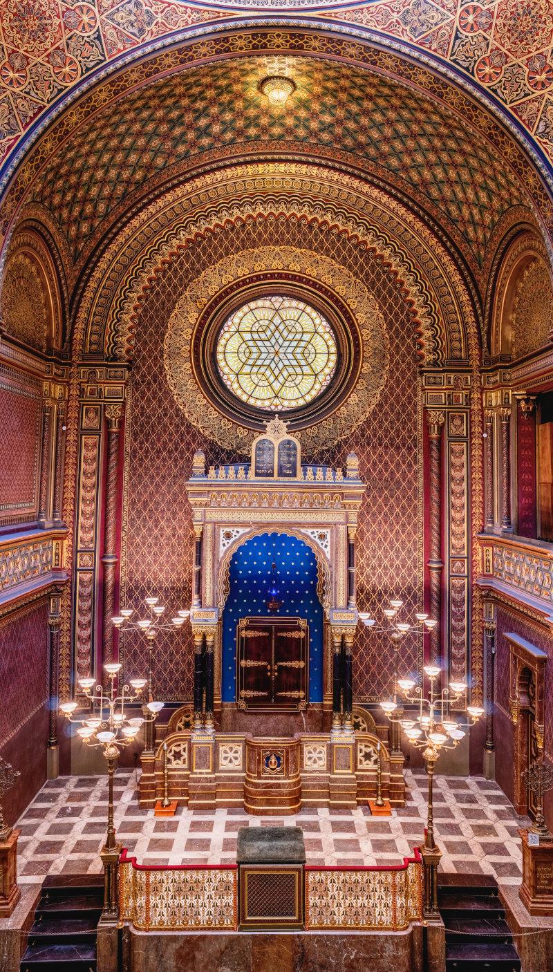 ten commandments - synagogue